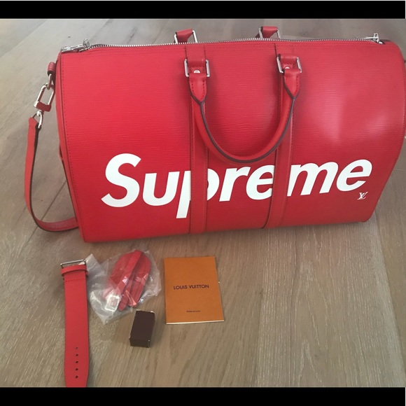 e95dadd6113 Louis Vuitton Supreme Leather Weekend   Travel Bag